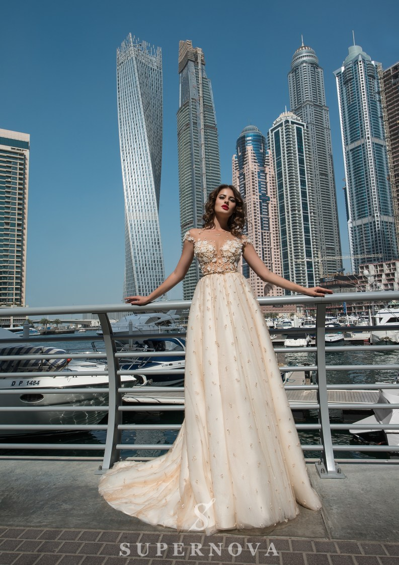 Lush skirt wedding dress-4