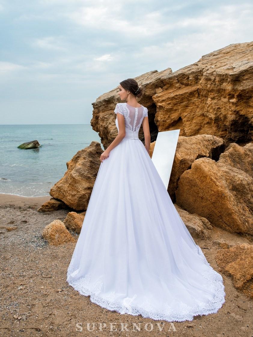 Весільна сукня з мережива з кордом-3
