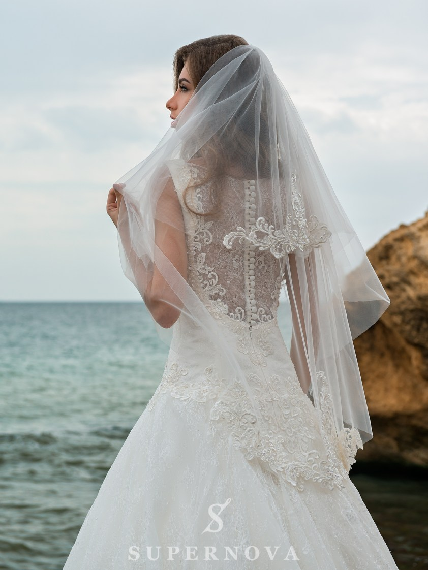 A-line wedding dress with an elongated bodice-4