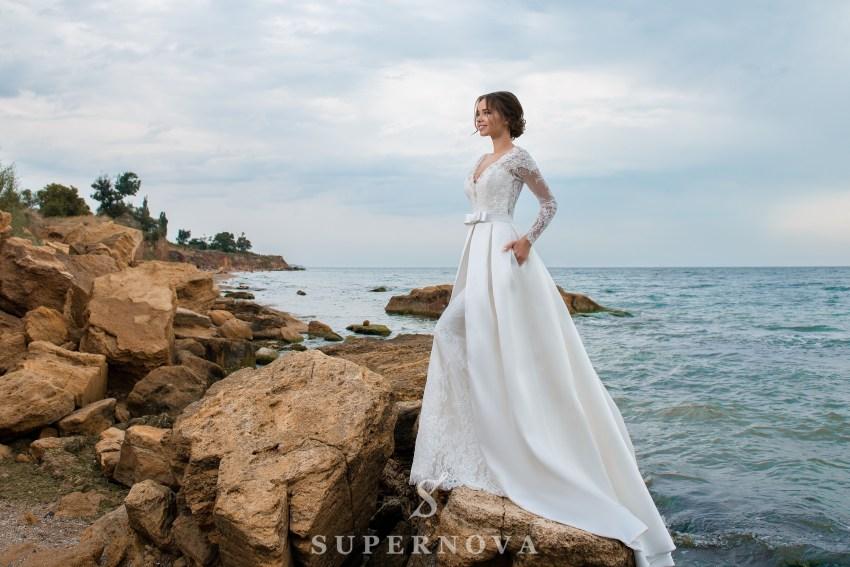 Весільний комплект з сукні і шлейфу-1