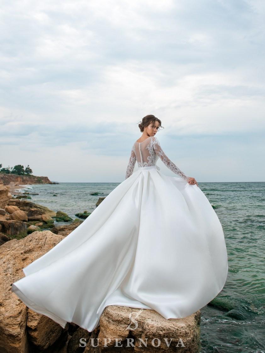 Весільний комплект з сукні і шлейфу-4