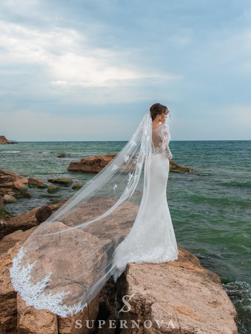 Весільний комплект з сукні і шлейфу-5