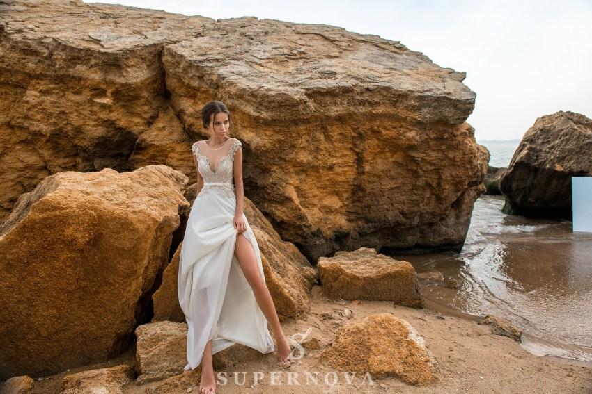 Весільна сукня з коротким ліфом на кокетці-1