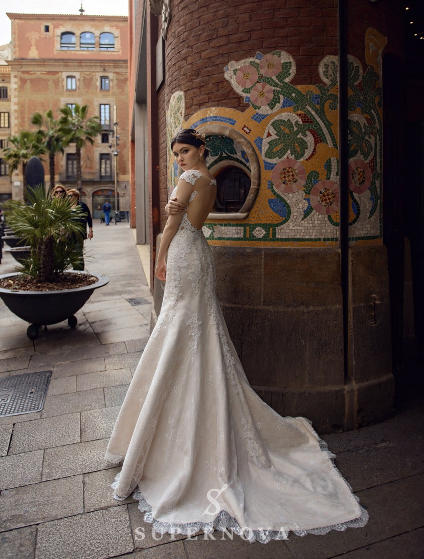 """Весільна сукня силуету «годе» кольору """"капучіно"""" від SuperNova оптом-2"""