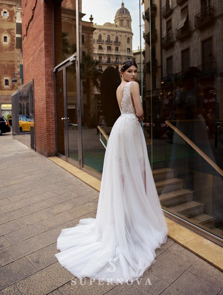 Свадебный комплект из гипюрового платья и съемной юбки-шлейфа от Supernova оптом-2