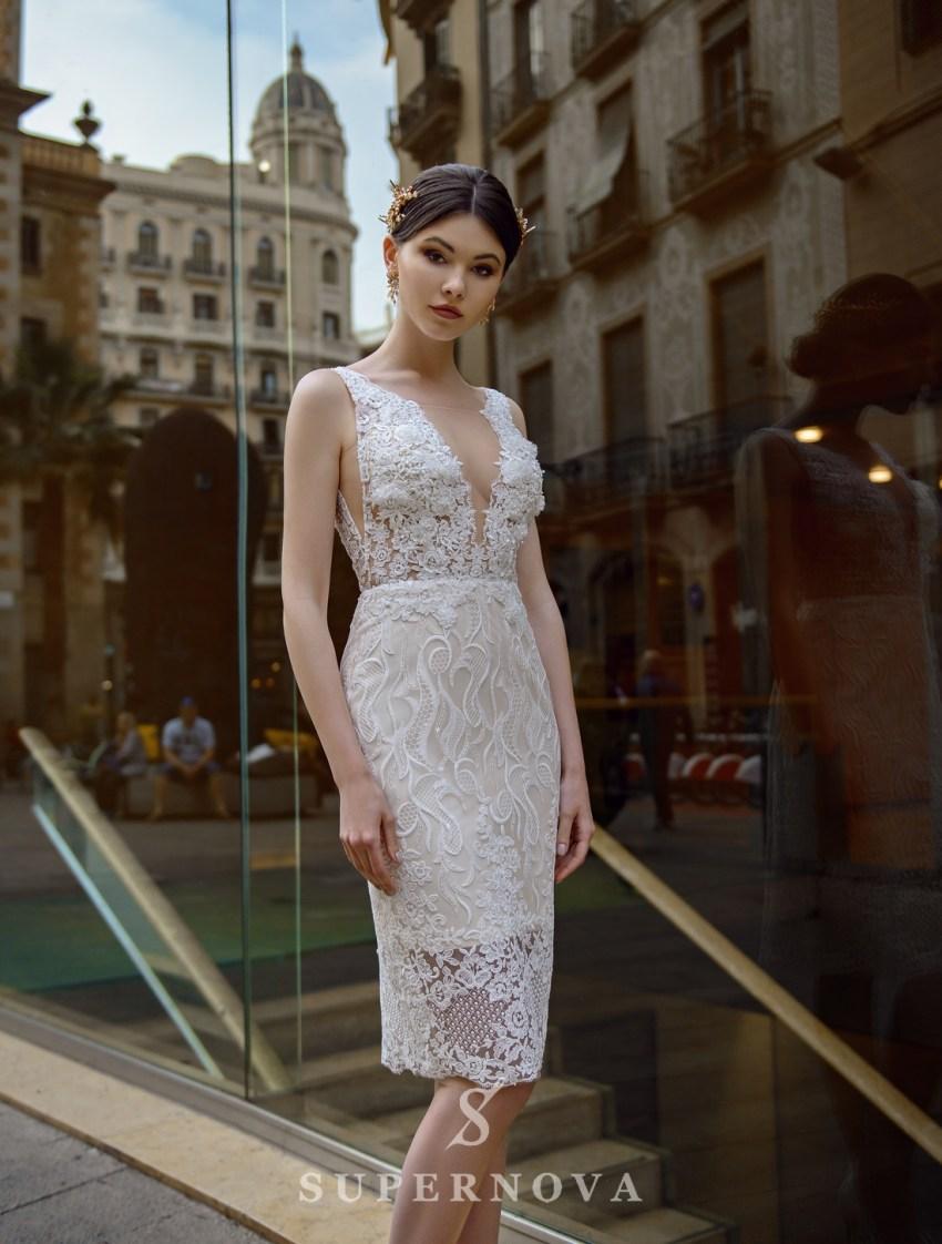 Свадебный комплект из гипюрового платья и съемной юбки-шлейфа от Supernova оптом-3
