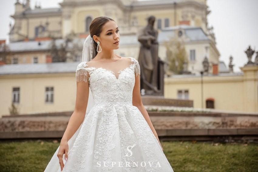 Мереживна весільна сукня з пишною спідницею оптом від SuperNova-2