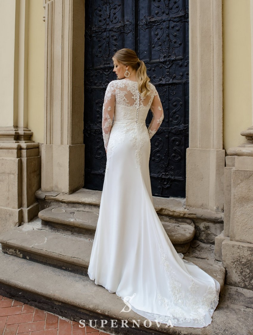 Свадебное платье с мягкой юбкой-шлейф больших размеров оптом от SuperNova-3