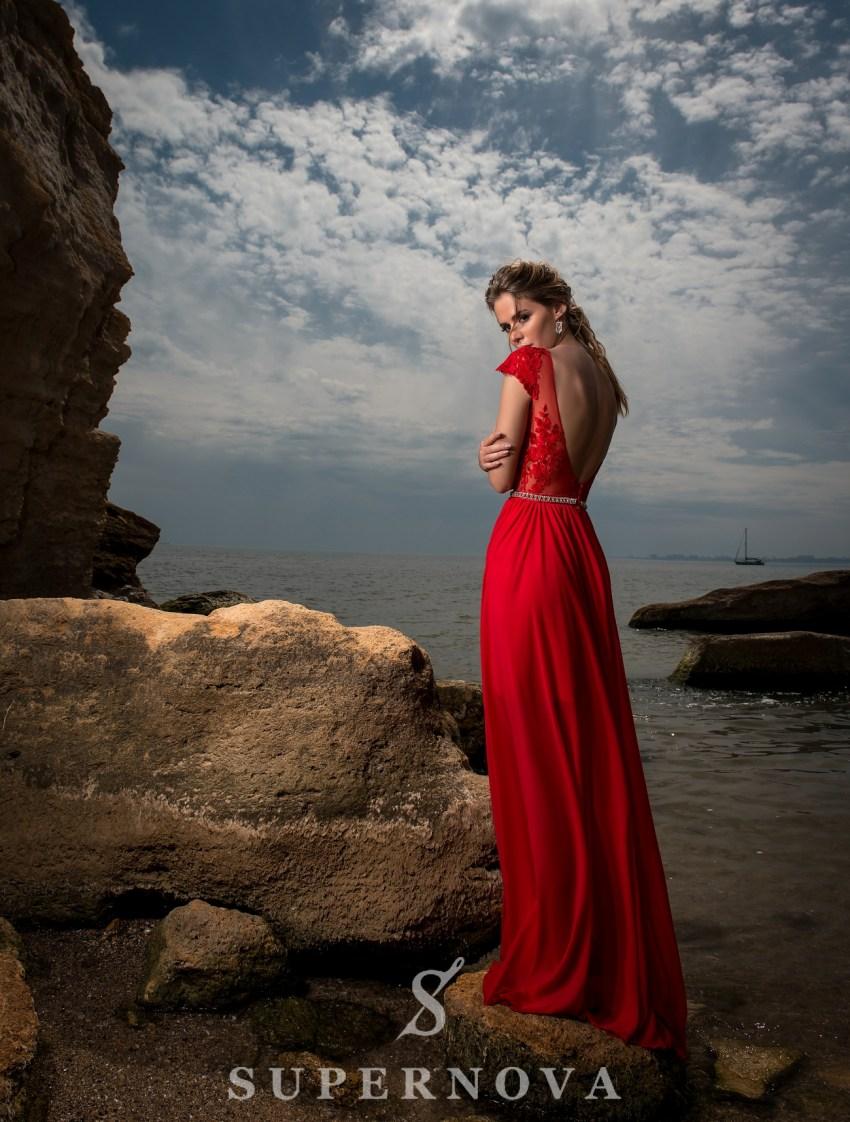 Вечернее платье c коротким рукавом-4