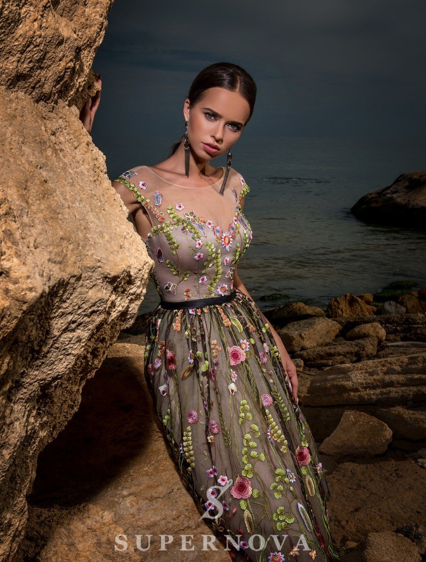 Вечернее платье длины «миди»-3