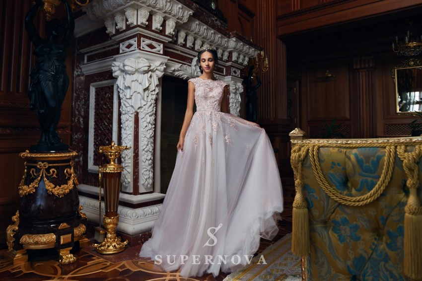 Evening dress with a puffy skirt on wholesale from Super Nova-2