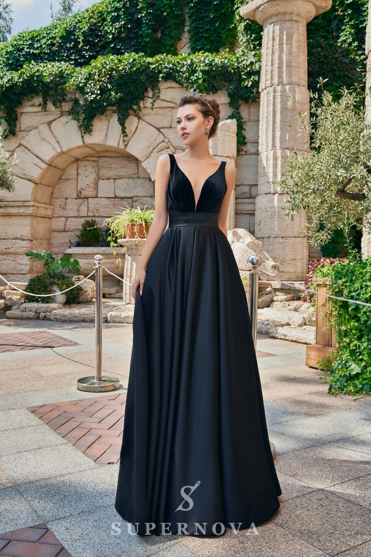 A one-color satin evening dress from the  Super Nova company.-2