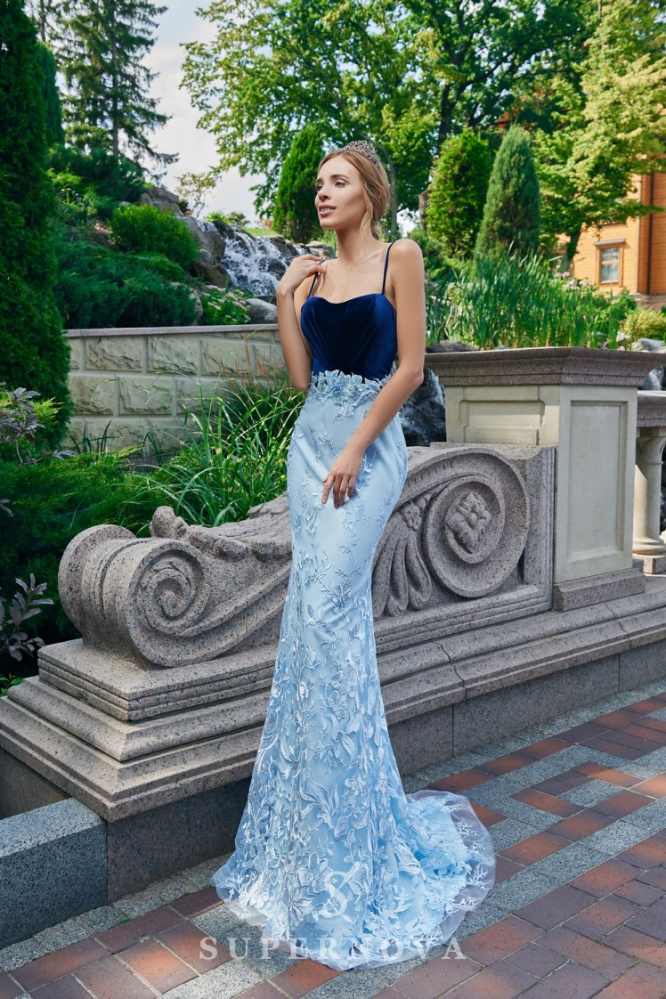 Оригинальное облегающее контрастное вечернее платье от SuperNova.-2