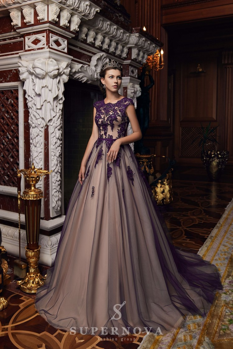 Evening dress with a puffy skirt on wholesale from Super Nova-5