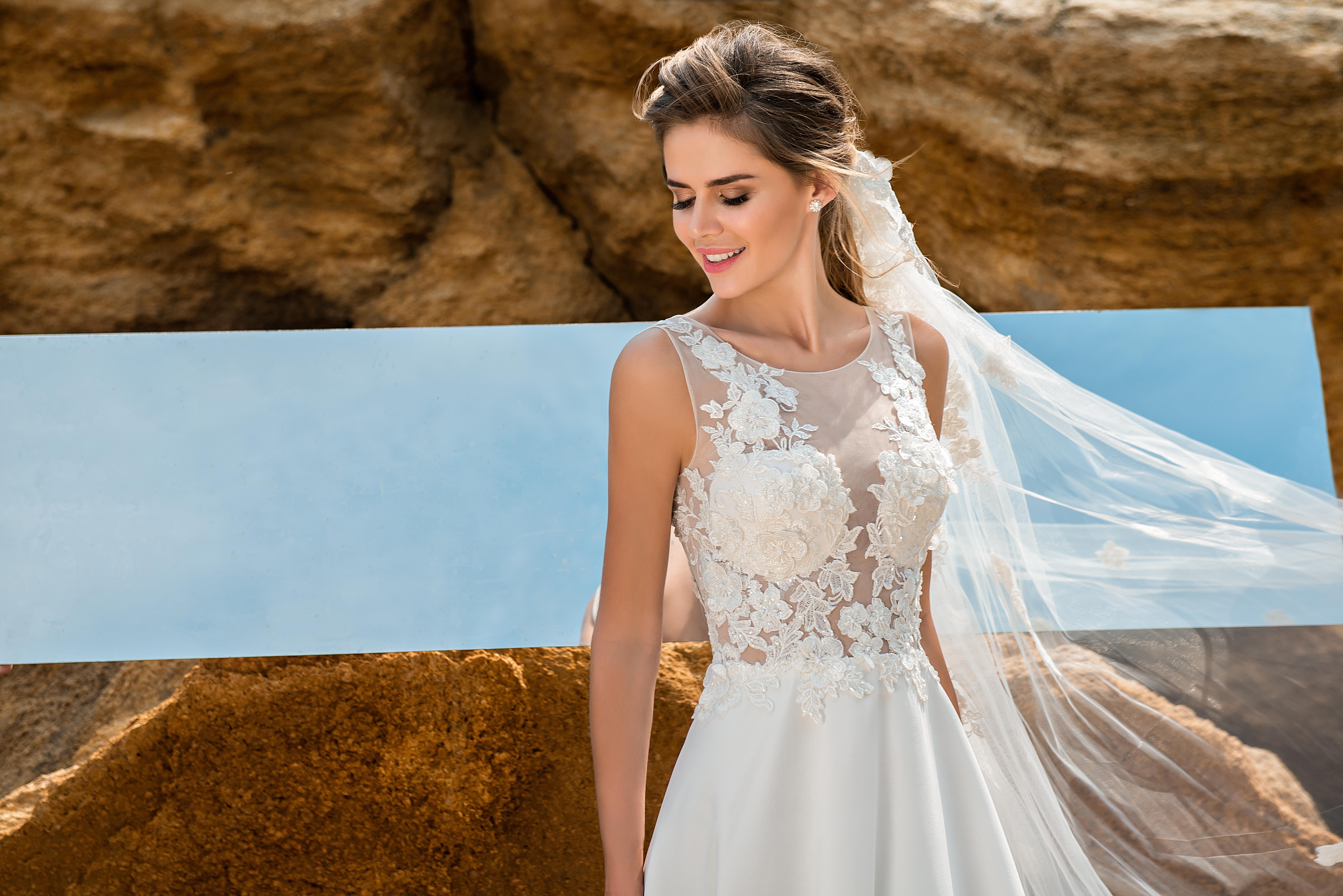 Wedding dress with a soft corset-1