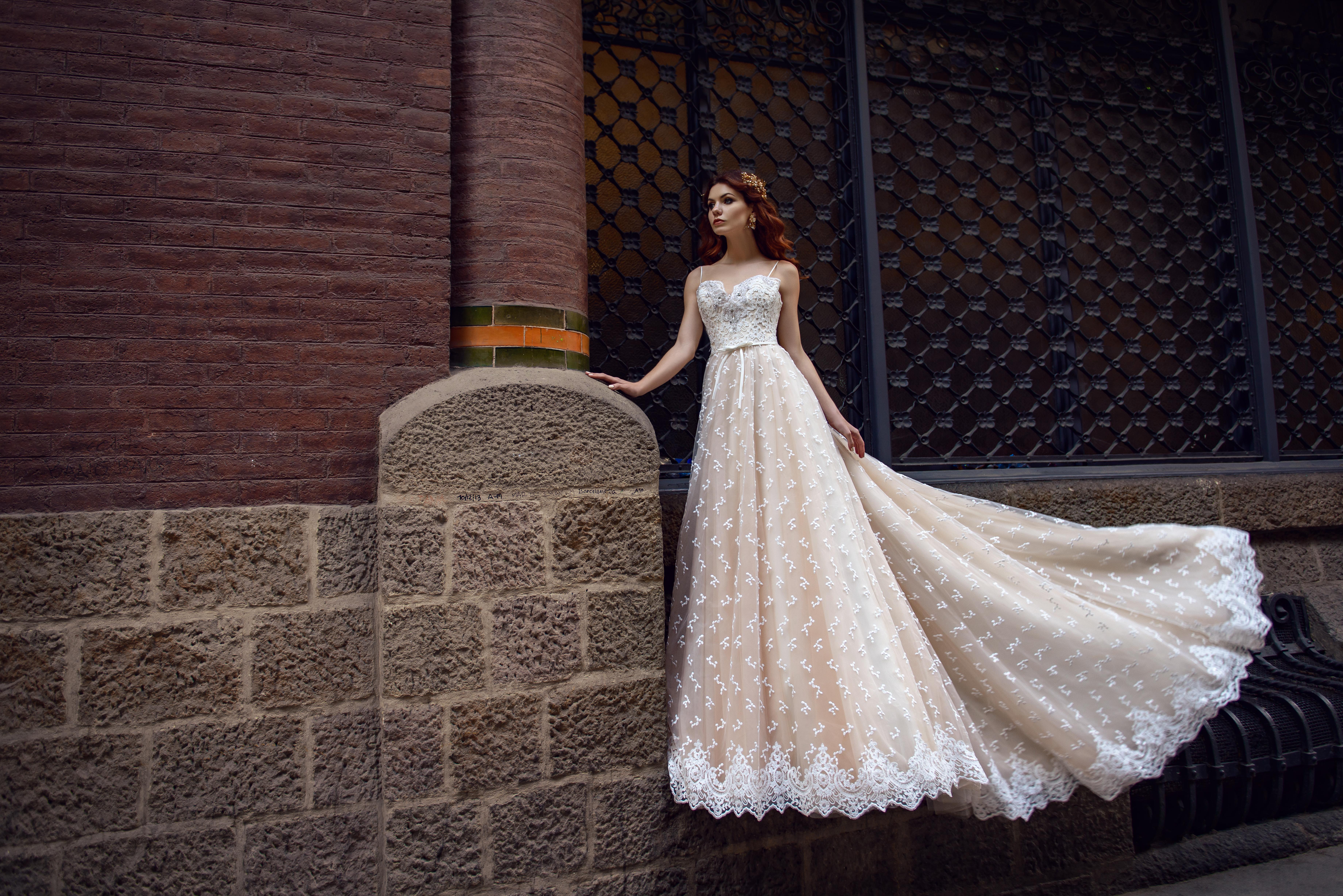 Кремова весільна сукня від SuperNova оптом-1
