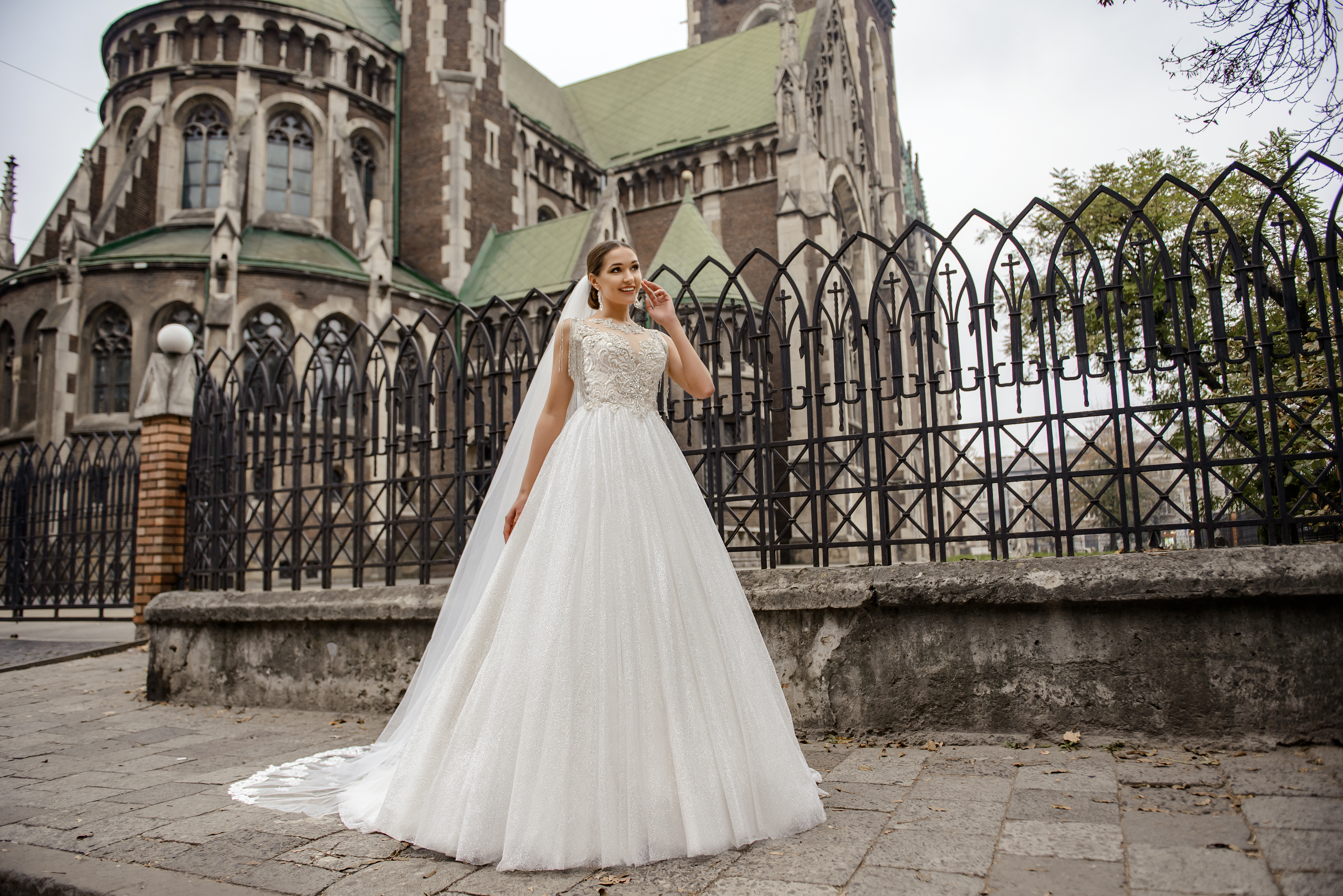 Wedding dress with a corset, embroidered with chain on wholesale from SuperNova-1
