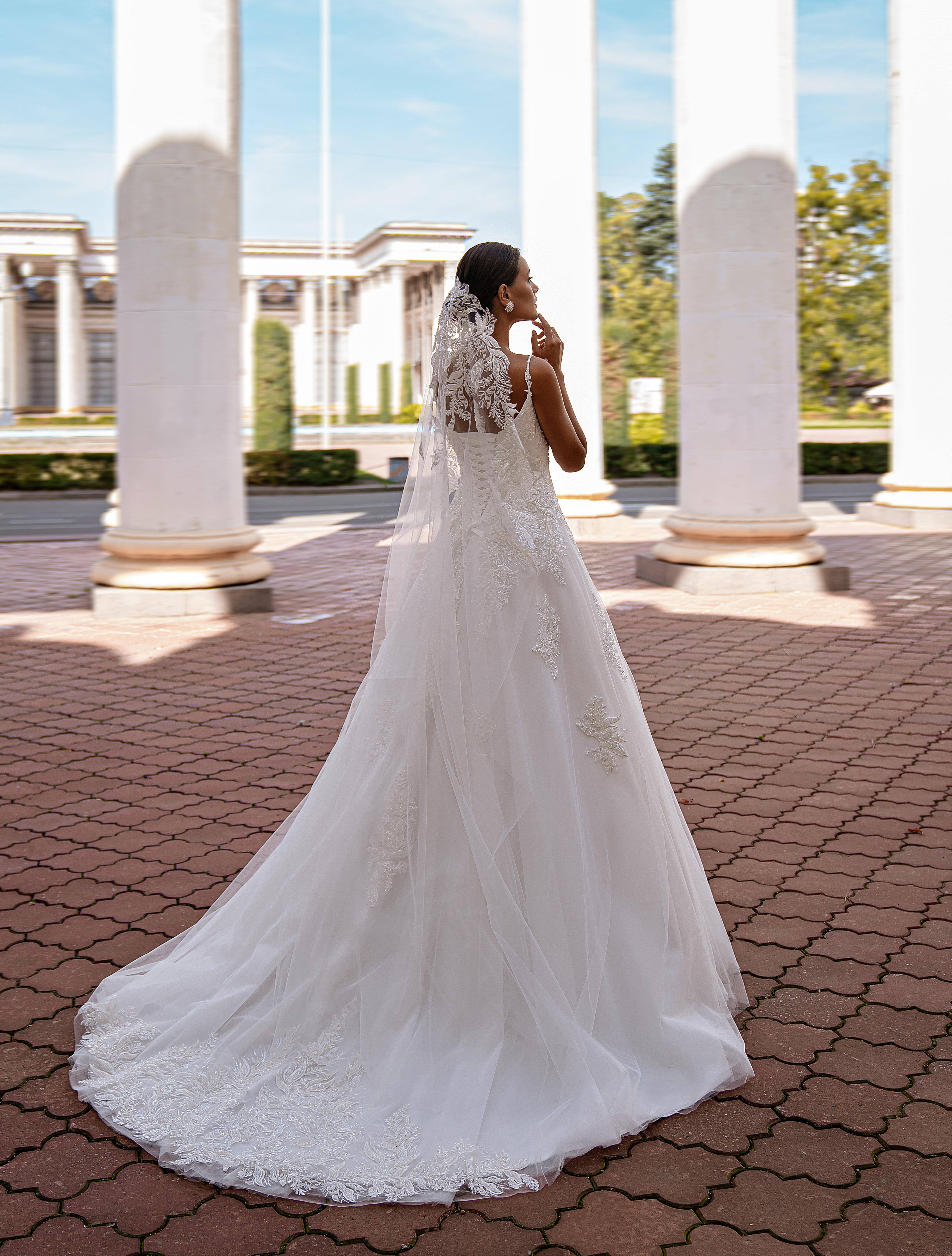 A-line wedding dress-1