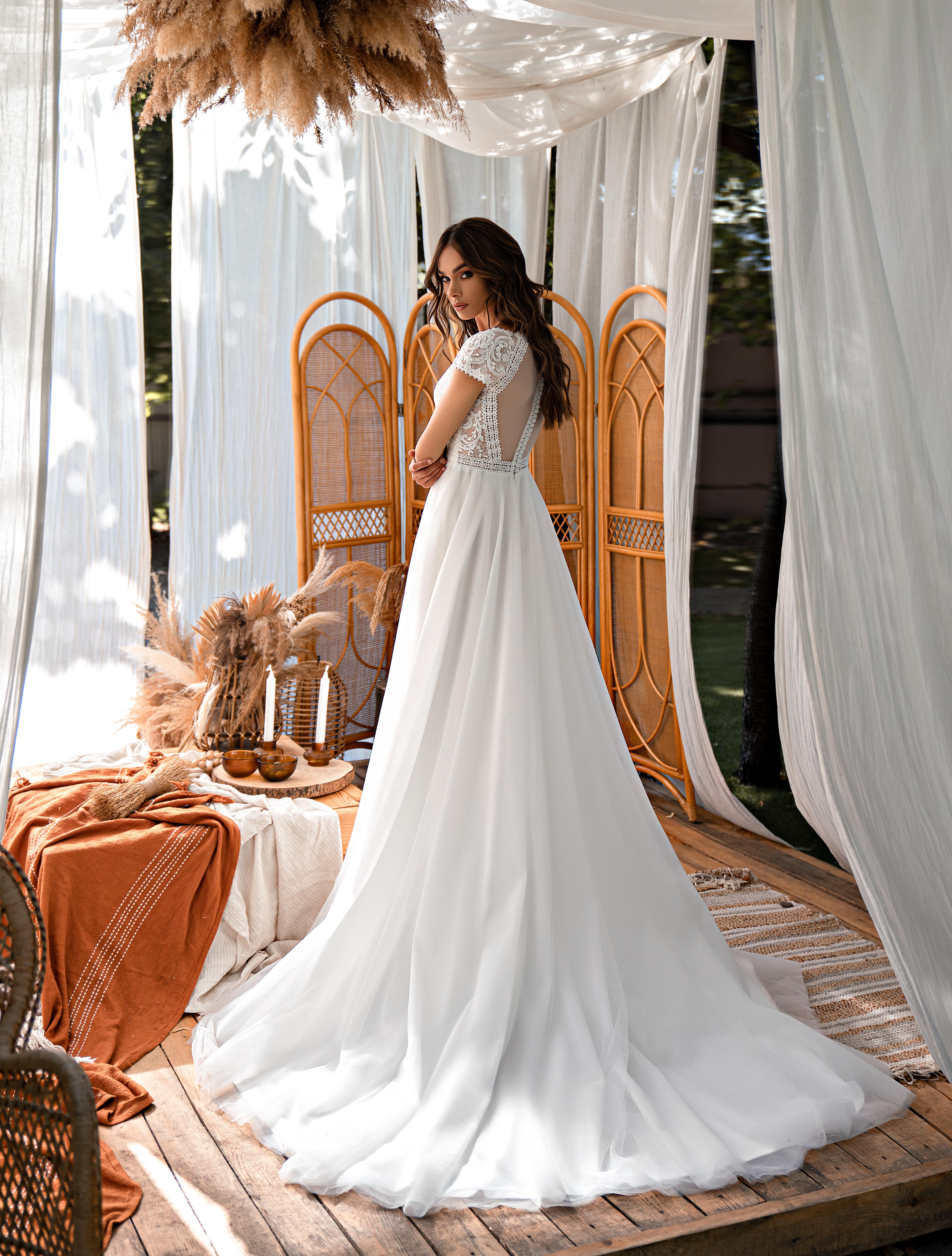 Свадебное платье в стиле «бохо»-1