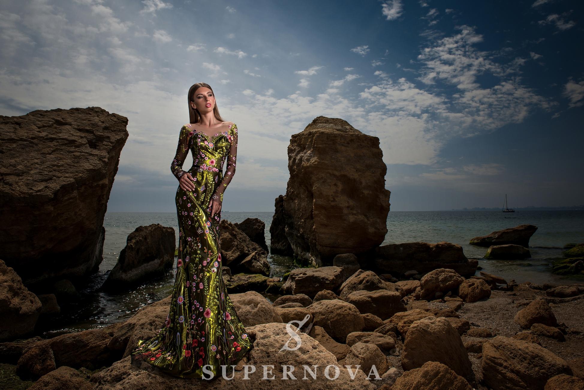 Вечернее платье силуэта «годе»-1