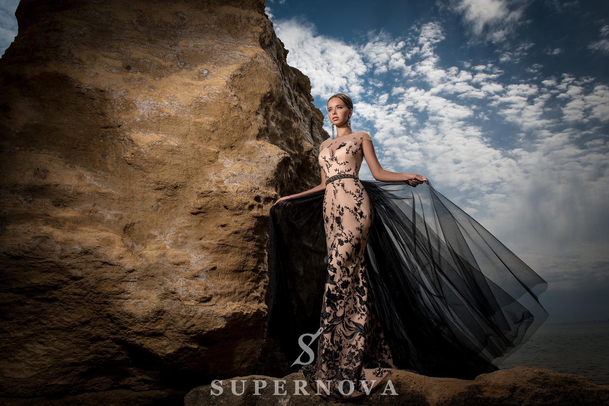 Вечернее гипюровое платье-1