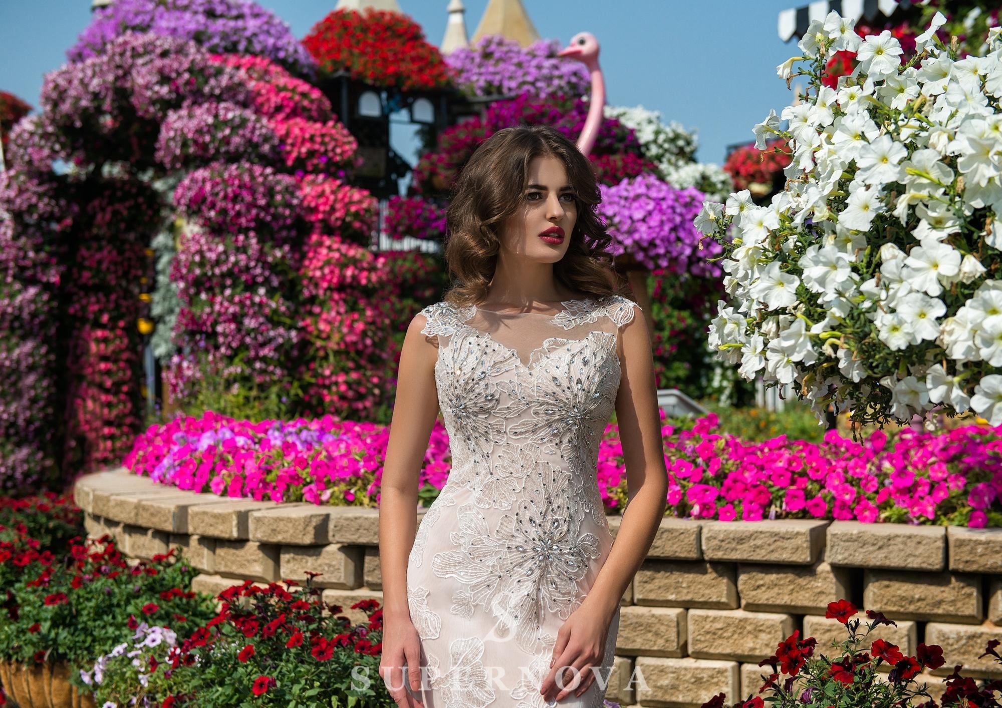 Свадебное платье силуэта «годе»-1