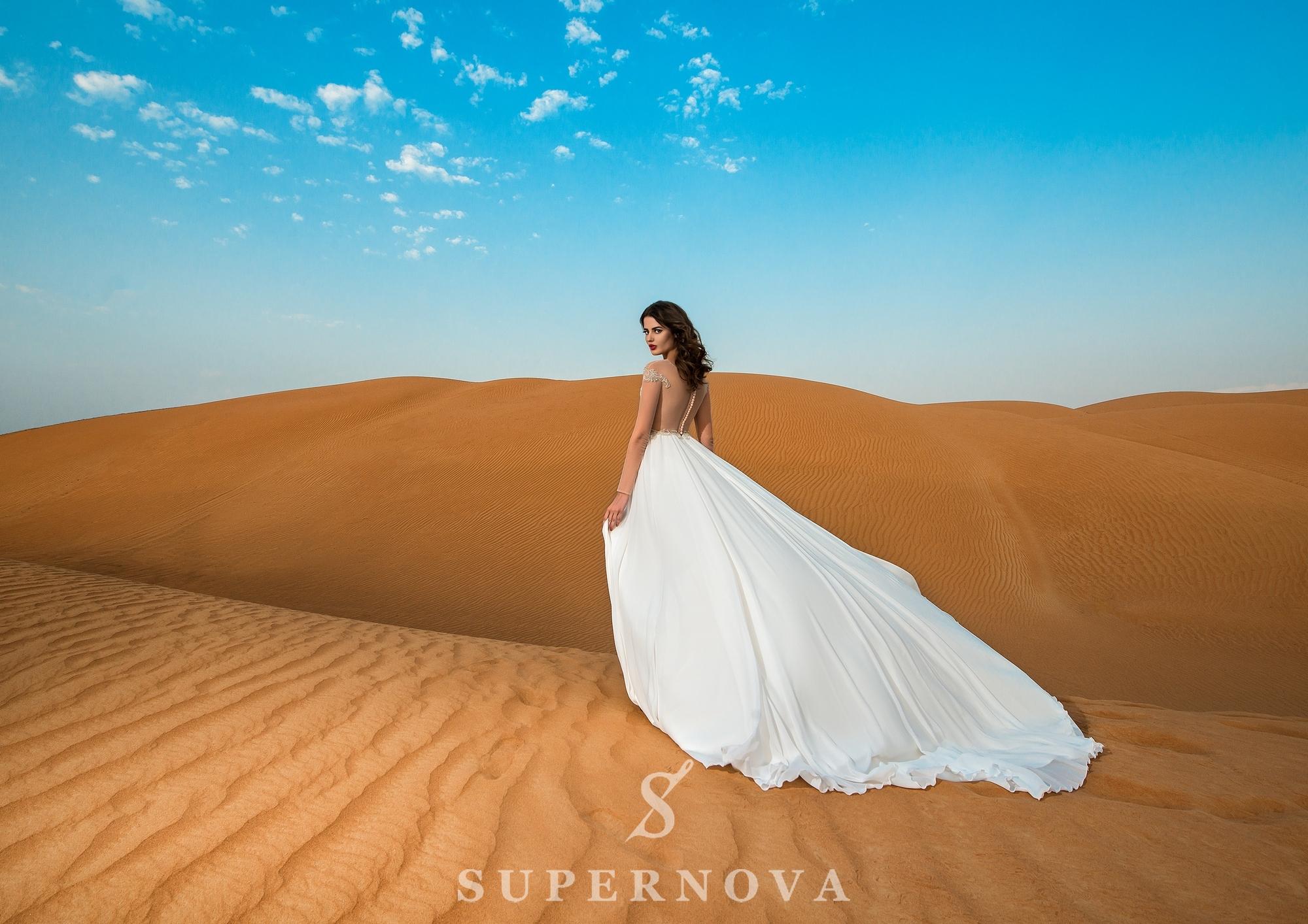 Свадебное платье c длинными рукавами-1