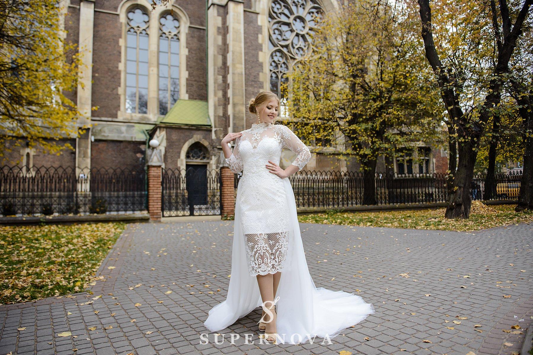 Свадебное платье со съемным шлейфом plus size от SuperNova оптом-1