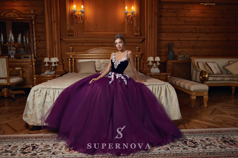 Вечернее платье с велюровым корсетом и фатиновой юбкой от SuperNova-1